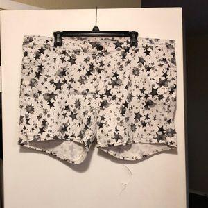 Levi's white star print shorty shorts.